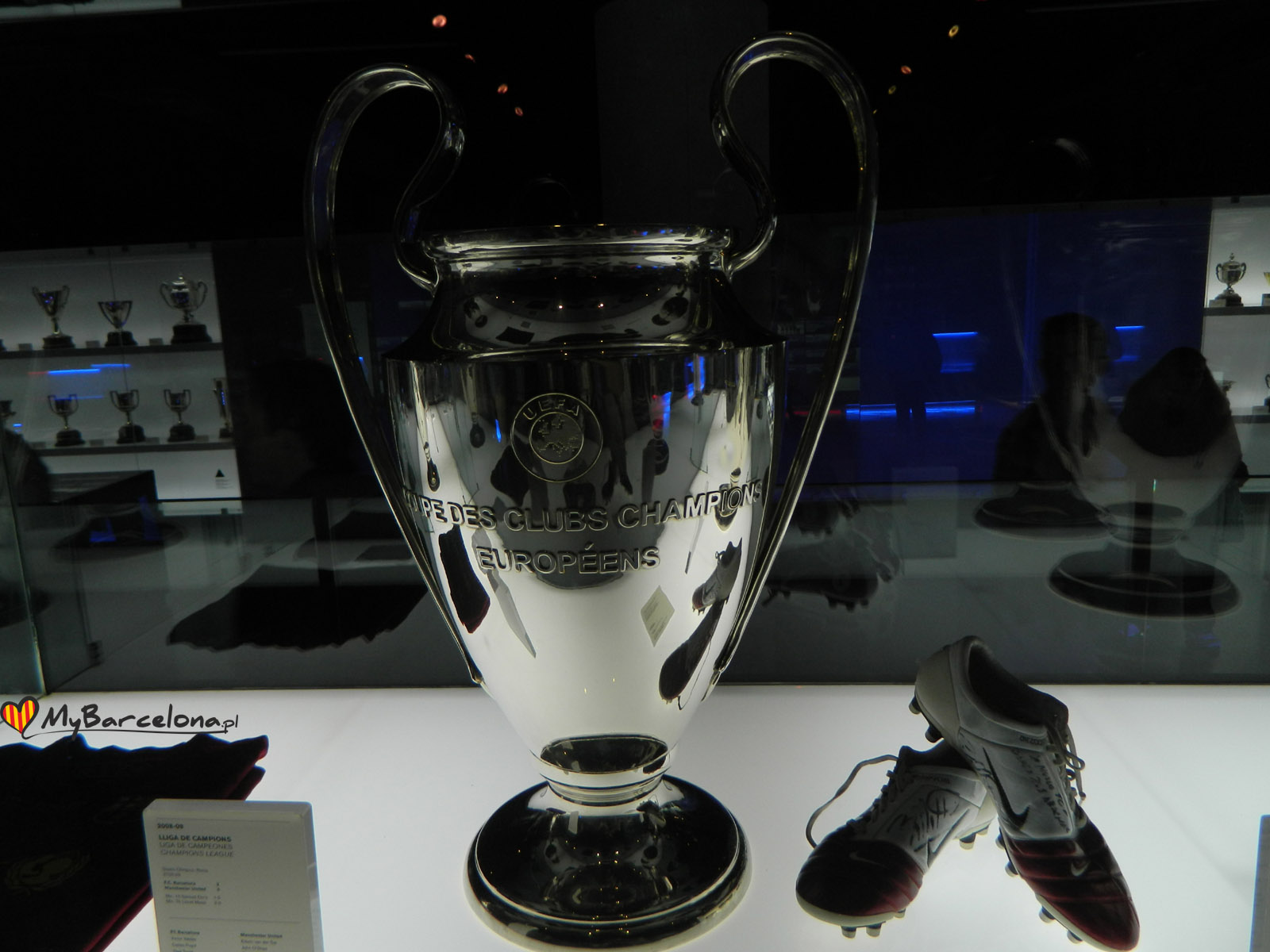 Cam Nou - Trofeum z Ligi Mistrzów