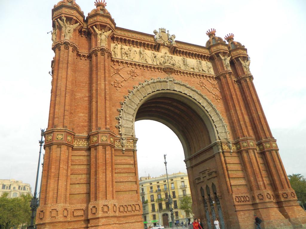 Arc de Triomf - Łuk triumfalny