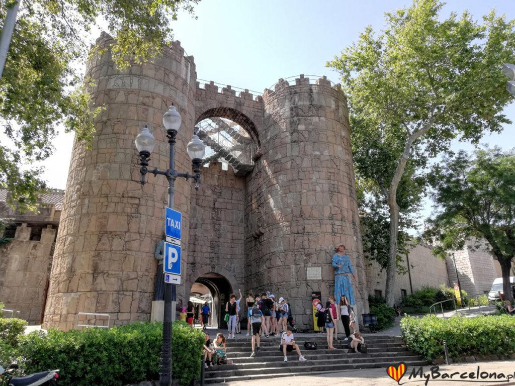 Wejście do Poble Espanyol